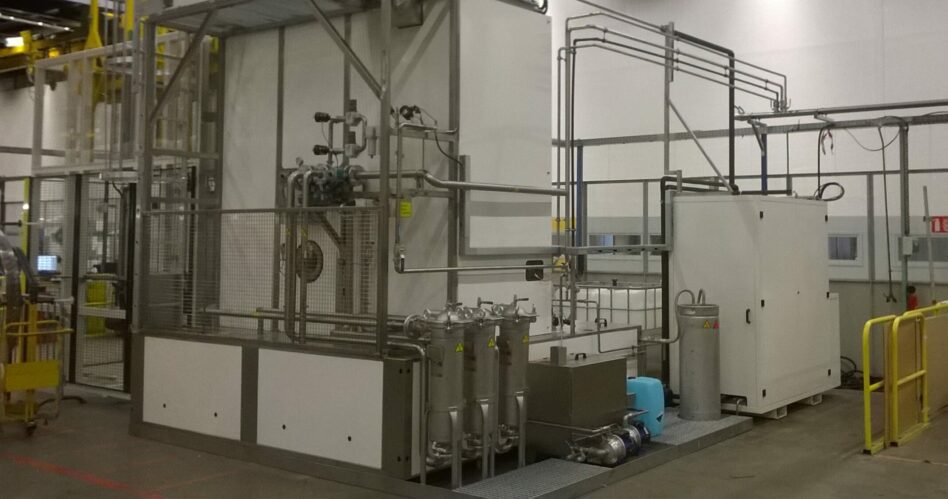 Filtration unit and evaporator on parts washer